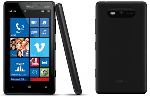 Nokia Lumia 820 (schwarz / weiß) bei yourfone mit / ohne Vertrag